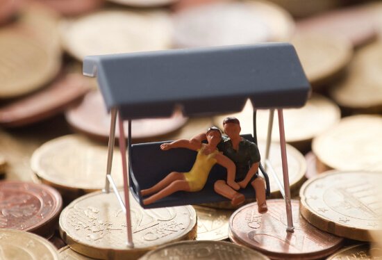 Smart ways to handle finances in a relationship